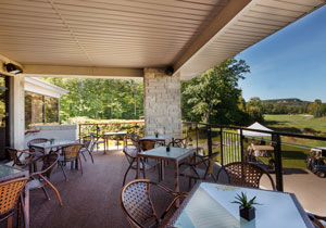 Pubs and patios at Crosswinds Golf & Country Club in Burlington