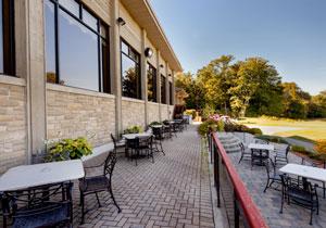 crosswinds-18th-green-patio