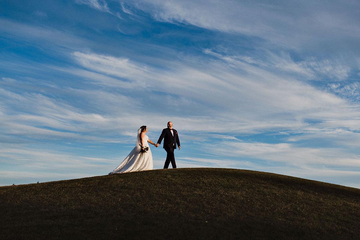 Scenic natural wedding photos at Crosswinds in Burlington