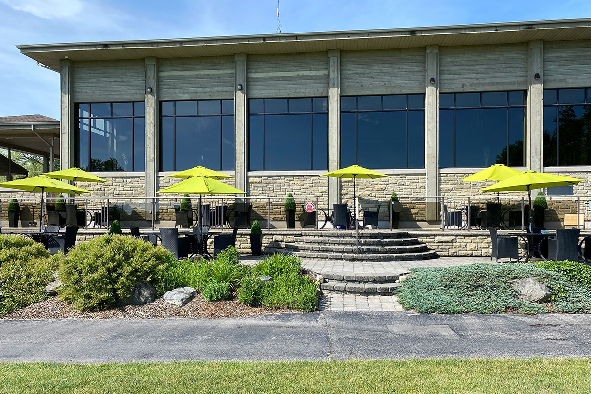 Crosswinds Golf Patio and Clubhouse